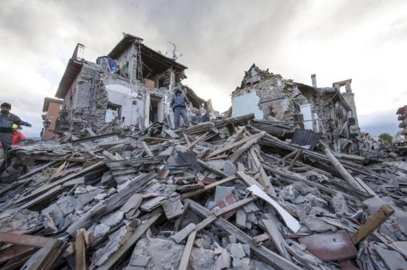 01-italy-earthquake-ngsversion-1472064593305-adapt-768-1